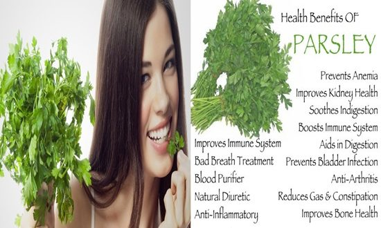 8 Amazing Benefits of Parsley For Skin and Hair